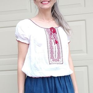 AMERICAN EAGLE embroidered peasant top S (N2)